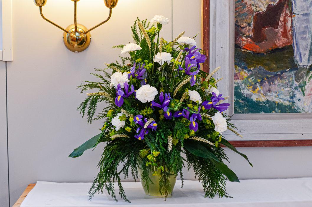 07. Koristelu kukat valkoinen neilikka ja iiris
