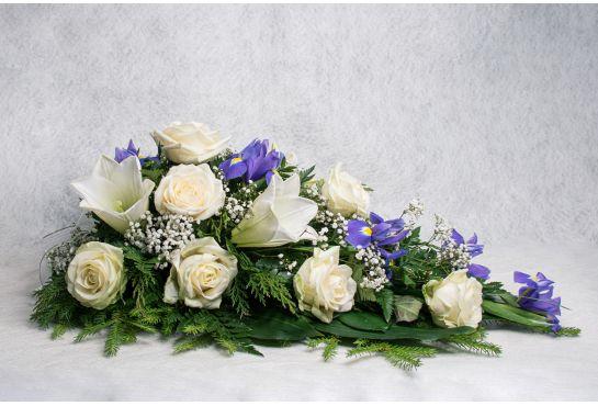 08. Kukkalaite valkoinen ruusu, valkolilja, harso ja iiris